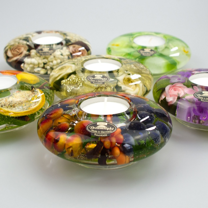 A Beautiful collection of UFO shaped botanical tea light holders