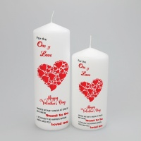 Valentines non personalised candle with a heart of hearts to the One I Love