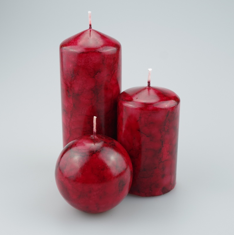 Maroon coloured Pillar candle set of 3